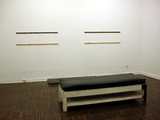 Instalé seis sistemas para colgar en las dos habitaciones.
