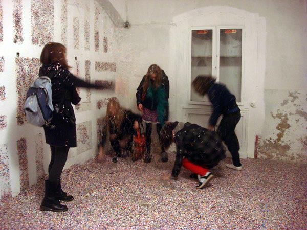 Y la inauguración se transformó en una gran fiesta y batalla campal de confetti!