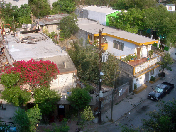 #7 - 21 de Marzo street from a roof on Hidalgo street!